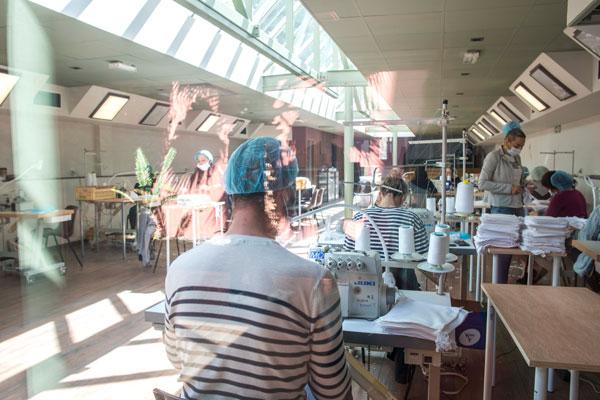 atelier-production-masques-coronavirus-perpignan-pere-pigne